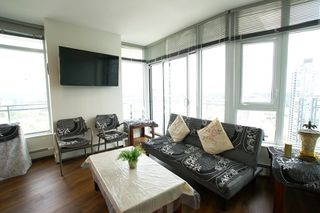 """Photo 12: 2512 13308 CENTRAL AVE Avenue in Surrey: Whalley Condo for sale in """"EVOLVE"""" (North Surrey)  : MLS®# R2466470"""