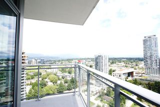 """Photo 33: 2512 13308 CENTRAL AVE Avenue in Surrey: Whalley Condo for sale in """"EVOLVE"""" (North Surrey)  : MLS®# R2466470"""