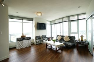 """Photo 10: 2512 13308 CENTRAL AVE Avenue in Surrey: Whalley Condo for sale in """"EVOLVE"""" (North Surrey)  : MLS®# R2466470"""