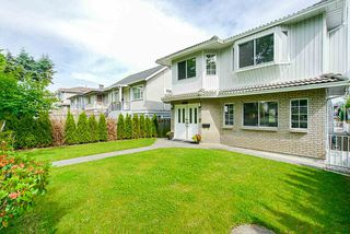 Photo 3: 3373 E 2ND Avenue in Vancouver: Renfrew VE House for sale (Vancouver East)  : MLS®# R2481894