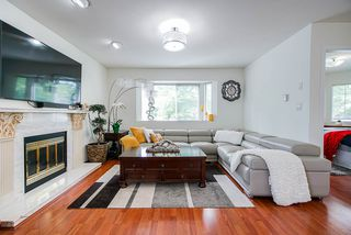 Photo 6: 3373 E 2ND Avenue in Vancouver: Renfrew VE House for sale (Vancouver East)  : MLS®# R2481894