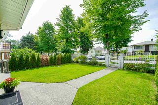 Photo 4: 3373 E 2ND Avenue in Vancouver: Renfrew VE House for sale (Vancouver East)  : MLS®# R2481894