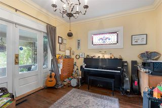 "Photo 13: 481 W 17TH Avenue in Vancouver: Cambie House for sale in ""Cambie Area"" (Vancouver West)  : MLS®# R2482701"