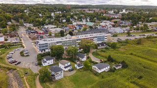 Photo 4: 33 Harbourside Drive in Wolfville: 404-Kings County Commercial for sale (Annapolis Valley)  : MLS®# 202019904