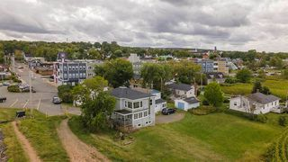 Photo 2: 33 Harbourside Drive in Wolfville: 404-Kings County Commercial for sale (Annapolis Valley)  : MLS®# 202019904