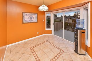 Photo 5: 833 Maltwood Terr in : SE Broadmead House for sale (Saanich East)  : MLS®# 862193