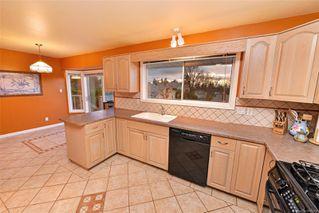 Photo 4: 833 Maltwood Terr in : SE Broadmead House for sale (Saanich East)  : MLS®# 862193