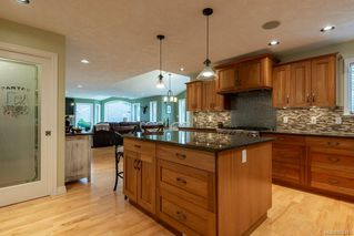 Photo 14: 2403 WALBRAN Pl in : CV Courtenay East House for sale (Comox Valley)  : MLS®# 862443