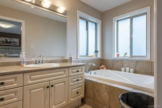 Photo 19: 2403 WALBRAN Pl in : CV Courtenay East House for sale (Comox Valley)  : MLS®# 862443