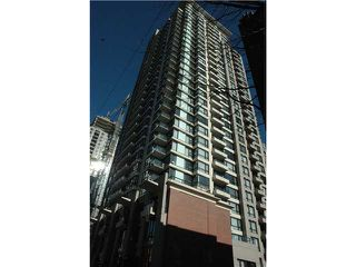 """Photo 1: 806 928 HOMER Street in Vancouver: Downtown VW Condo for sale in """"YALETOWN PARK 1"""" (Vancouver West)  : MLS®# V872020"""
