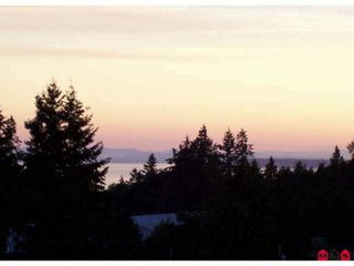 """Photo 2: 404 14824 N BLUFF Road: White Rock Condo for sale in """"Belaire"""" (South Surrey White Rock)  : MLS®# F1106158"""