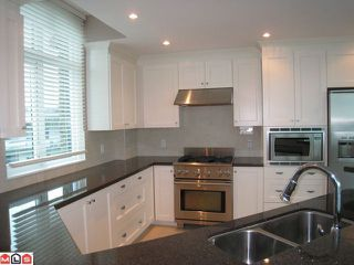 """Photo 6: 404 14824 N BLUFF Road: White Rock Condo for sale in """"Belaire"""" (South Surrey White Rock)  : MLS®# F1106158"""
