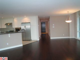 """Photo 4: 404 14824 N BLUFF Road: White Rock Condo for sale in """"Belaire"""" (South Surrey White Rock)  : MLS®# F1106158"""