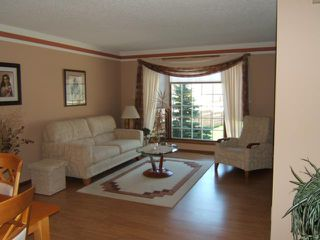 Photo 2: 23 MARANDA Place in WINNIPEG: North Kildonan Residential for sale (North East Winnipeg)  : MLS®# 1109890