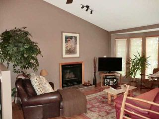Photo 3: 8 WEST MACKAY Crescent: Cochrane Residential Detached Single Family for sale : MLS®# C3587787