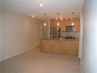 "Photo 5: # 1010 5811 NO 3 RD RD in Richmond: Brighouse Condo for sale in ""ACQUA"" : MLS®# V1040791"
