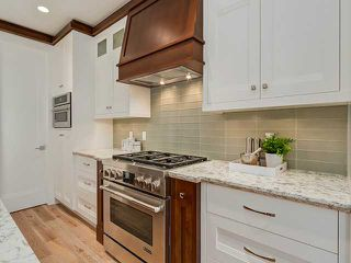 Photo 9: 2403 3 Avenue NW in CALGARY: West Hillhurst Residential Attached for sale (Calgary)  : MLS®# C3608093