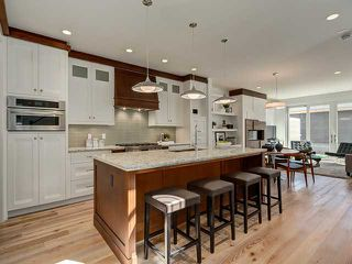 Photo 7: 2403 3 Avenue NW in CALGARY: West Hillhurst Residential Attached for sale (Calgary)  : MLS®# C3608093