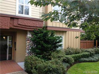 Photo 2: 202 919 Market St in VICTORIA: Vi Hillside Condo for sale (Victoria)  : MLS®# 683540