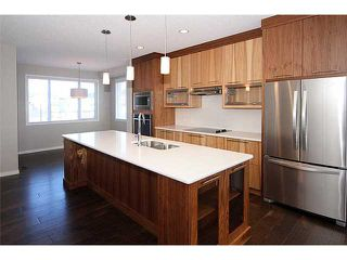 Photo 10: 199 Panatella Square NW in Calgary: Panorama Hills Townhouse for sale : MLS®# C3646555