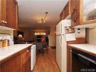 Photo 8: B 1601 Haultain Street in VICTORIA: Vi Oaklands Strata Duplex Unit for sale (Victoria)  : MLS®# 345670