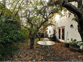Photo 18: B 1601 Haultain Street in VICTORIA: Vi Oaklands Strata Duplex Unit for sale (Victoria)  : MLS®# 345670