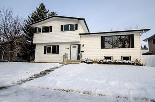 Photo 1: 1708 107 Avenue SW in Calgary: Braeside_Braesde Est Residential Detached Single Family for sale : MLS®# C3651455