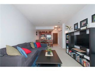 """Photo 11: 1001 168 E ESPLANADE in North Vancouver: Lower Lonsdale Condo for sale in """"ESPLANADE WEST AT THE PIER"""" : MLS®# V1106117"""