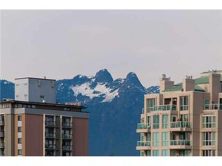 """Photo 10: 1001 168 E ESPLANADE in North Vancouver: Lower Lonsdale Condo for sale in """"ESPLANADE WEST AT THE PIER"""" : MLS®# V1106117"""