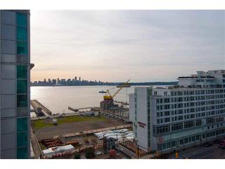 """Photo 5: 1001 168 E ESPLANADE in North Vancouver: Lower Lonsdale Condo for sale in """"ESPLANADE WEST AT THE PIER"""" : MLS®# V1106117"""