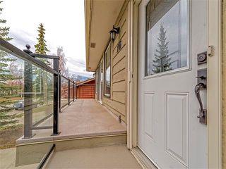 Photo 2: 16 HAWKWOOD Crescent NW in Calgary: Hawkwood House  : MLS®# C4010169