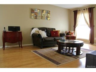Photo 7: 139 Robson Street in WINNIPEG: Transcona Residential for sale (North East Winnipeg)  : MLS®# 1515873