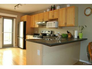 Photo 3: 139 Robson Street in WINNIPEG: Transcona Residential for sale (North East Winnipeg)  : MLS®# 1515873