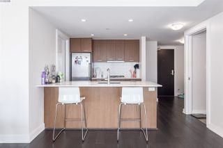 "Photo 3: 1102 1372 SEYMOUR Street in Vancouver: Downtown VW Condo for sale in ""SANDRINGHAM MEWS"" (Vancouver West)  : MLS®# R2013214"