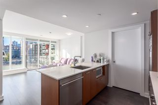 "Photo 6: 1102 1372 SEYMOUR Street in Vancouver: Downtown VW Condo for sale in ""SANDRINGHAM MEWS"" (Vancouver West)  : MLS®# R2013214"