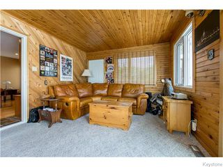 Photo 12: 683 Knowles Avenue in Winnipeg: North Kildonan Residential for sale (North East Winnipeg)  : MLS®# 1612016