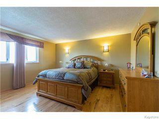 Photo 8: 683 Knowles Avenue in Winnipeg: North Kildonan Residential for sale (North East Winnipeg)  : MLS®# 1612016