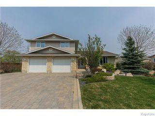 Photo 1: 683 Knowles Avenue in Winnipeg: North Kildonan Residential for sale (North East Winnipeg)  : MLS®# 1612016