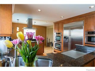 Photo 5: 683 Knowles Avenue in Winnipeg: North Kildonan Residential for sale (North East Winnipeg)  : MLS®# 1612016