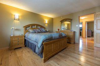 Photo 35: 683 Knowles Avenue in Winnipeg: North Kildonan Residential for sale (North East Winnipeg)  : MLS®# 1612016