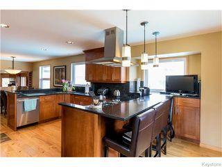 Photo 4: 683 Knowles Avenue in Winnipeg: North Kildonan Residential for sale (North East Winnipeg)  : MLS®# 1612016