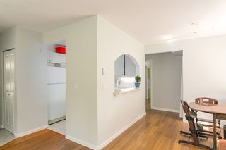 """Photo 5: 206 2588 ALDER Street in Vancouver: Fairview VW Condo for sale in """"BOLLERT PLACE"""" (Vancouver West)  : MLS®# R2072024"""
