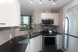 "Photo 3: 508 1367 ALBERNI Street in Vancouver: West End VW Condo for sale in ""THE LIONS"" (Vancouver West)  : MLS®# R2072411"