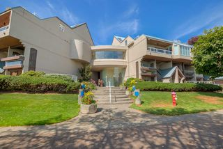"Photo 1: 418 5 K DE K Court in New Westminster: Quay Condo for sale in ""QUAYSIDE TERRACE"" : MLS®# R2105551"