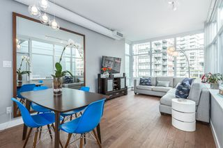 "Photo 3: 712 108 E 1ST Avenue in Vancouver: Mount Pleasant VE Townhouse for sale in ""Meccanica"" (Vancouver East)  : MLS®# R2126481"