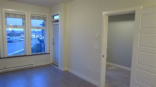 """Photo 7: 312 20058 FRASER Highway in Langley: Langley City Condo for sale in """"Varsity"""" : MLS®# R2142499"""