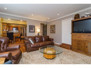 Photo 9: 1764 148A Street in Surrey: Sunnyside Park Surrey House for sale (South Surrey White Rock)  : MLS®# R2166852