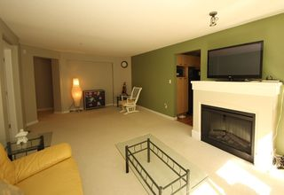 """Photo 6: 302 2966 SILVER SPRINGS BLV Boulevard in Coquitlam: Westwood Plateau Condo for sale in """"TAMARISK"""" : MLS®# R2171293"""