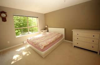 """Photo 10: 302 2966 SILVER SPRINGS BLV Boulevard in Coquitlam: Westwood Plateau Condo for sale in """"TAMARISK"""" : MLS®# R2171293"""