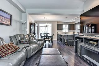"Photo 5: 56 7848 209 Street in Langley: Willoughby Heights Townhouse for sale in ""Mason & Green"" : MLS®# R2191494"